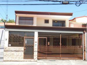 Casa En Ventaen San Francisco De Heredia, Heredia, Costa Rica, CR RAH: 18-148
