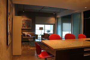 Apartamento En Alquileren Escazu, Escazu, Costa Rica, CR RAH: 18-139