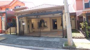 Casa En Ventaen San Rafael De Alajuela, San Rafael De Alajuela, Costa Rica, CR RAH: 18-168