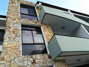 Apartamento En Ventaen La Uruca, Santa Ana, Costa Rica, CR RAH: 18-171