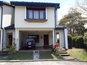Casa En Alquileren San Pedro, Montes De Oca, Costa Rica, CR RAH: 18-182
