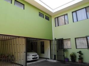 Apartamento En Alquileren Tibas, Tibas, Costa Rica, CR RAH: 18-181