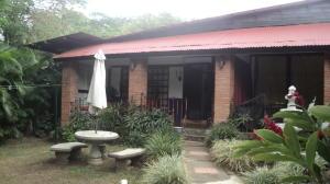 Apartamento En Alquileren Rio Oro, Santa Ana, Costa Rica, CR RAH: 18-263