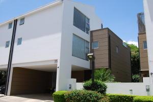 Casa En Ventaen Santa Ana, Santa Ana, Costa Rica, CR RAH: 18-340