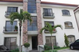 Apartamento En Ventaen Trejos Montealegre, Escazu, Costa Rica, CR RAH: 18-290