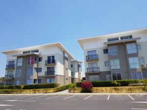 Apartamento En Alquileren Alajuela, Alajuela, Costa Rica, CR RAH: 18-302