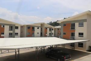 Apartamento En Ventaen Rio Oro, Santa Ana, Costa Rica, CR RAH: 18-335