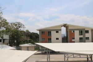 Apartamento En Ventaen Rio Oro, Santa Ana, Costa Rica, CR RAH: 18-336