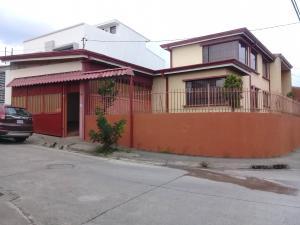 Casa En Ventaen San Antonio, Vazquez De Coronado, Costa Rica, CR RAH: 18-346
