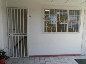 Oficina En Alquileren Montes De Oca, Montes De Oca, Costa Rica, CR RAH: 18-370