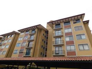 Apartamento En Ventaen La Uruca, San Jose, Costa Rica, CR RAH: 18-371
