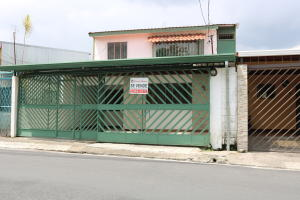 Casa En Ventaen San Juan, Tibas, Costa Rica, CR RAH: 18-379