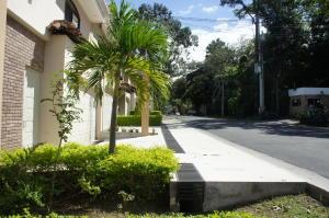 Casa En Alquileren Santa Ana, Santa Ana, Costa Rica, CR RAH: 18-380