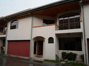 Casa En Alquileren Granadilla, Curridabat, Costa Rica, CR RAH: 18-397