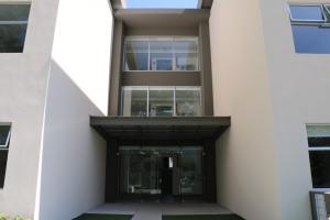 Apartamento En Alquileren Santa Ana, Santa Ana, Costa Rica, CR RAH: 18-403