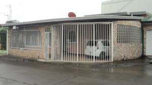 Casa En Ventaen Desamparados, Desamparados, Costa Rica, CR RAH: 18-405