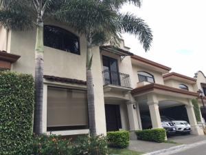 Casa En Alquileren Pozos, Santa Ana, Costa Rica, CR RAH: 18-436