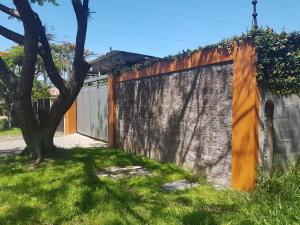 Casa En Ventaen Pozos, Santa Ana, Costa Rica, CR RAH: 18-443