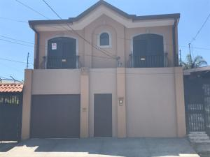 Casa En Ventaen San Francisco De Heredia, Heredia, Costa Rica, CR RAH: 18-453