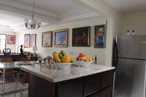 Casa En Ventaen Trejos Montealegre, Escazu, Costa Rica, CR RAH: 18-464