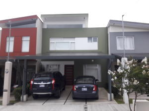Casa En Ventaen Tres Rios, La Union, Costa Rica, CR RAH: 18-509