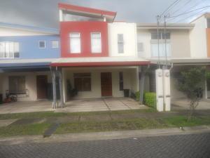 Casa En Ventaen Tres Rios, La Union, Costa Rica, CR RAH: 18-512