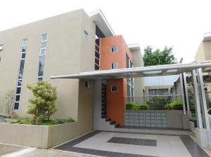 Casa En Alquileren Santa Ana, Santa Ana, Costa Rica, CR RAH: 18-513
