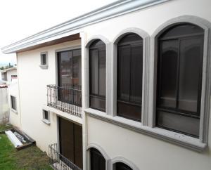 Apartamento En Alquileren Moravia, Moravia, Costa Rica, CR RAH: 18-522