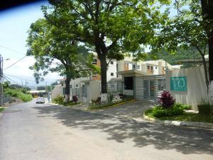Apartamento En Ventaen Santa Ana, Santa Ana, Costa Rica, CR RAH: 18-554