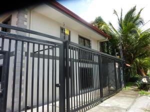 Apartamento En Ventaen Santa Ana, Santa Ana, Costa Rica, CR RAH: 18-559