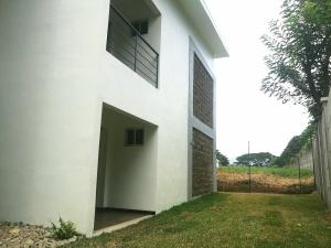 Apartamento En Alquileren Belen, Belen, Costa Rica, CR RAH: 18-572