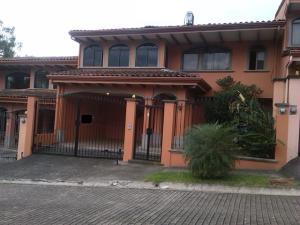 Casa En Alquileren Escazu, Escazu, Costa Rica, CR RAH: 18-593