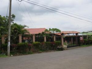 Casa En Alquileren 27 De Abril, San Ramon, Costa Rica, CR RAH: 18-612