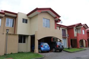 Casa En Ventaen Moravia, Moravia, Costa Rica, CR RAH: 18-599