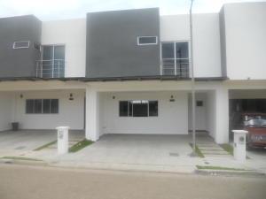 Casa En Ventaen Brasil De Santa Ana, Mora, Costa Rica, CR RAH: 18-636