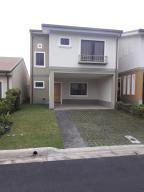 Casa En Alquileren Tres Rios, La Union, Costa Rica, CR RAH: 18-654