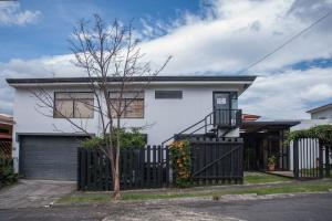 Casa En Ventaen San Juan, La Union, Costa Rica, CR RAH: 18-660