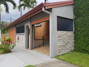 Casa En Ventaen Rohrmoser, Pavas, Costa Rica, CR RAH: 18-702