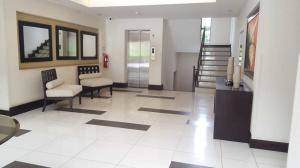Apartamento En Alquileren Santa Ana, Santa Ana, Costa Rica, CR RAH: 18-689