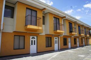 Apartamento En Alquileren Sanchez, Curridabat, Costa Rica, CR RAH: 18-693