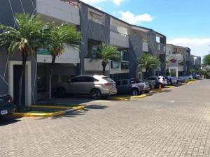 Oficina En Alquileren Santa Ana, Santa Ana, Costa Rica, CR RAH: 18-700