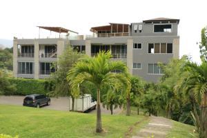 Apartamento En Alquileren Santa Ana, Santa Ana, Costa Rica, CR RAH: 18-723