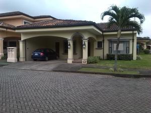 Casa En Alquileren San Antonio, Belen, Costa Rica, CR RAH: 18-728
