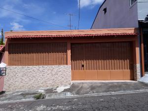Casa En Ventaen Moravia, Moravia, Costa Rica, CR RAH: 18-739