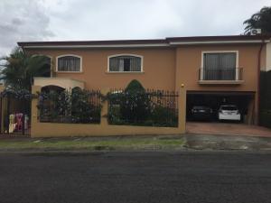 Casa En Ventaen Curridabat, Montes De Oca, Costa Rica, CR RAH: 18-782