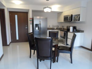 Apartamento En Alquileren La Uruca, San Jose, Costa Rica, CR RAH: 18-765