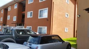 Apartamento En Alquileren Santa Ana, Santa Ana, Costa Rica, CR RAH: 18-792