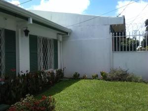 Casa En Ventaen Rohrmoser, Pavas, Costa Rica, CR RAH: 18-793