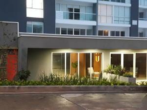 Apartamento En Alquileren Rohrmoser, San Jose, Costa Rica, CR RAH: 18-798