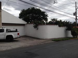 Casa En Alquileren San Miguel, Escazu, Costa Rica, CR RAH: 18-802